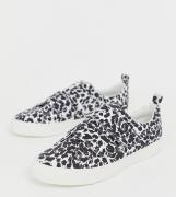 Zapatillas de deporte de corte ancho con tira Vitamin de ASOS DESIGN