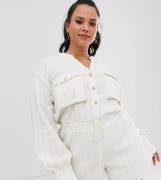 Mono corto suave estilo utilitario con bolsillo de ASOS DESIGN Curve