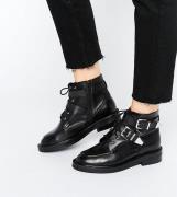 Botines de cuero y corte ancho ABE de ASOS